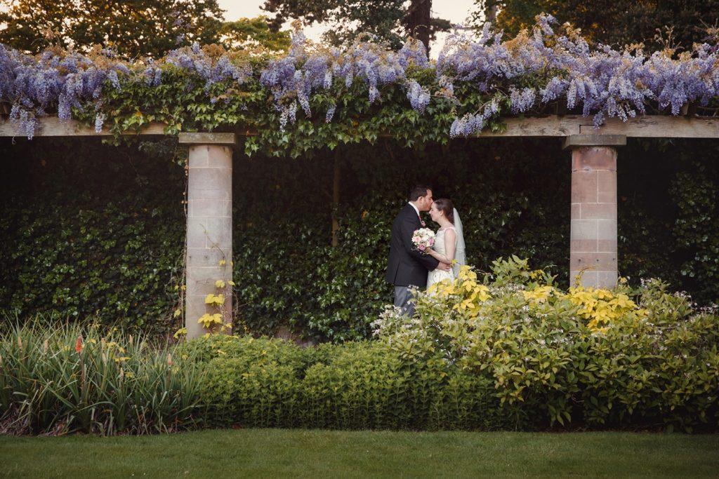 Chester Inglewood Manor wedding photography – Ian & Vicki