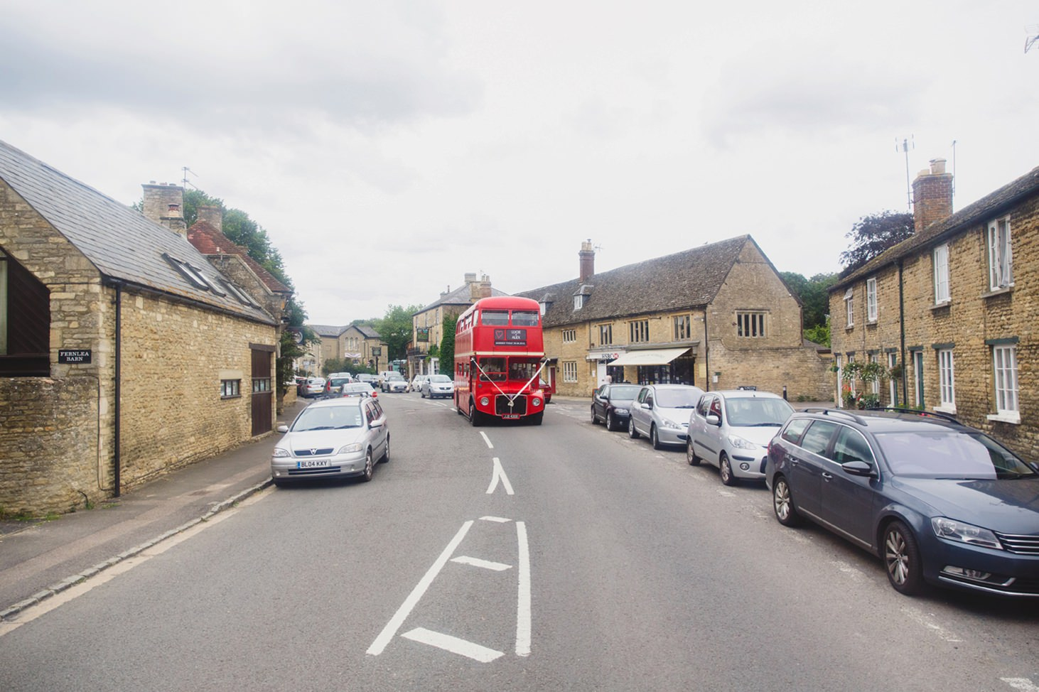 oxfordshire wedding photography bus driving through village