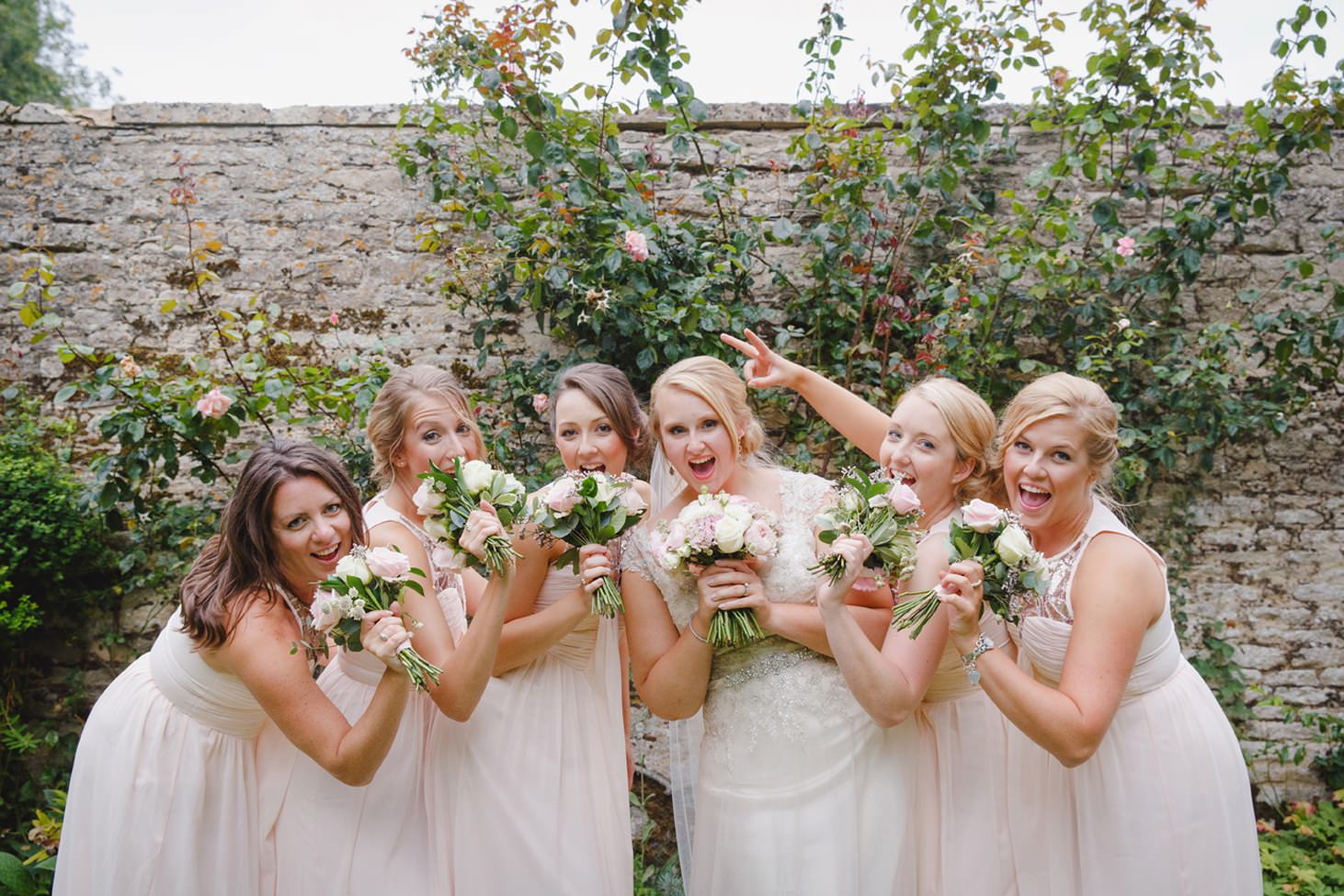 oxfordshire wedding photography bridesmaids and bride