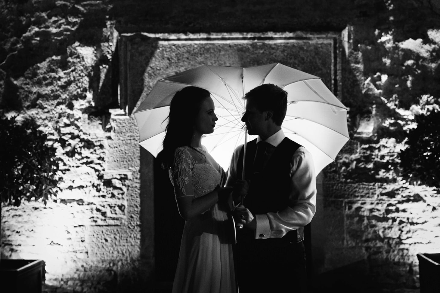 caswell house wedding photography couple silhouette