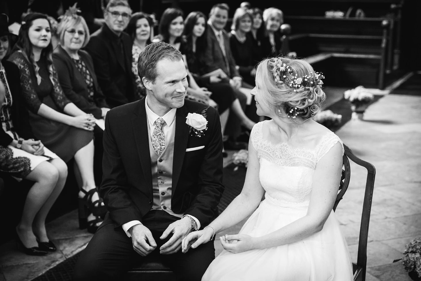 Bodleian library wedding bride and groom in ceremony