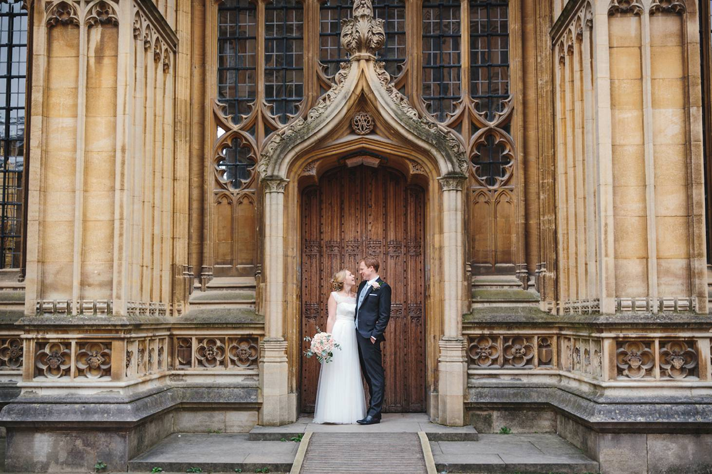 Bodleian library wedding bride and groom at library