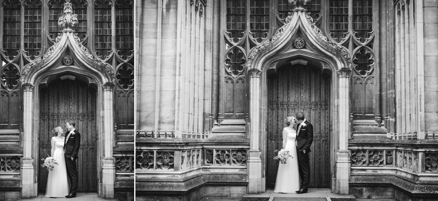 Bodleian library wedding bride and groom kissing