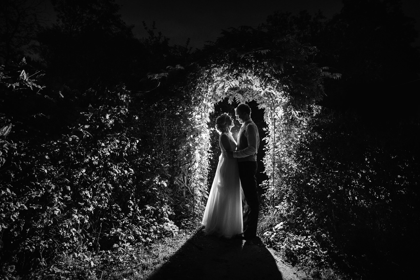Bodleian library wedding backlit portraits