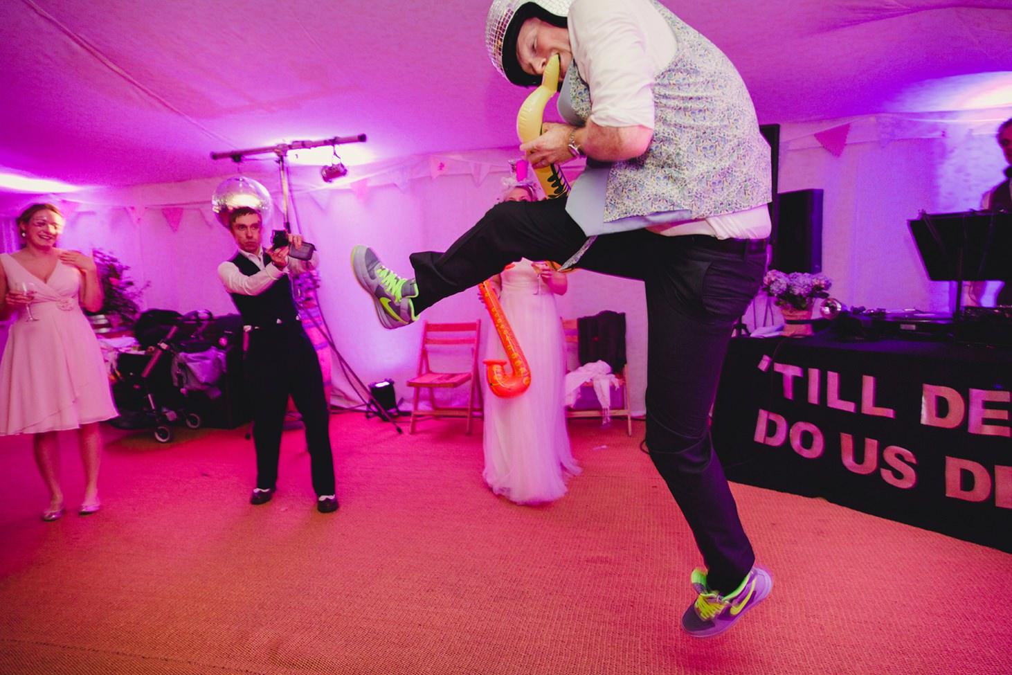 Bodleian library wedding groom dancing