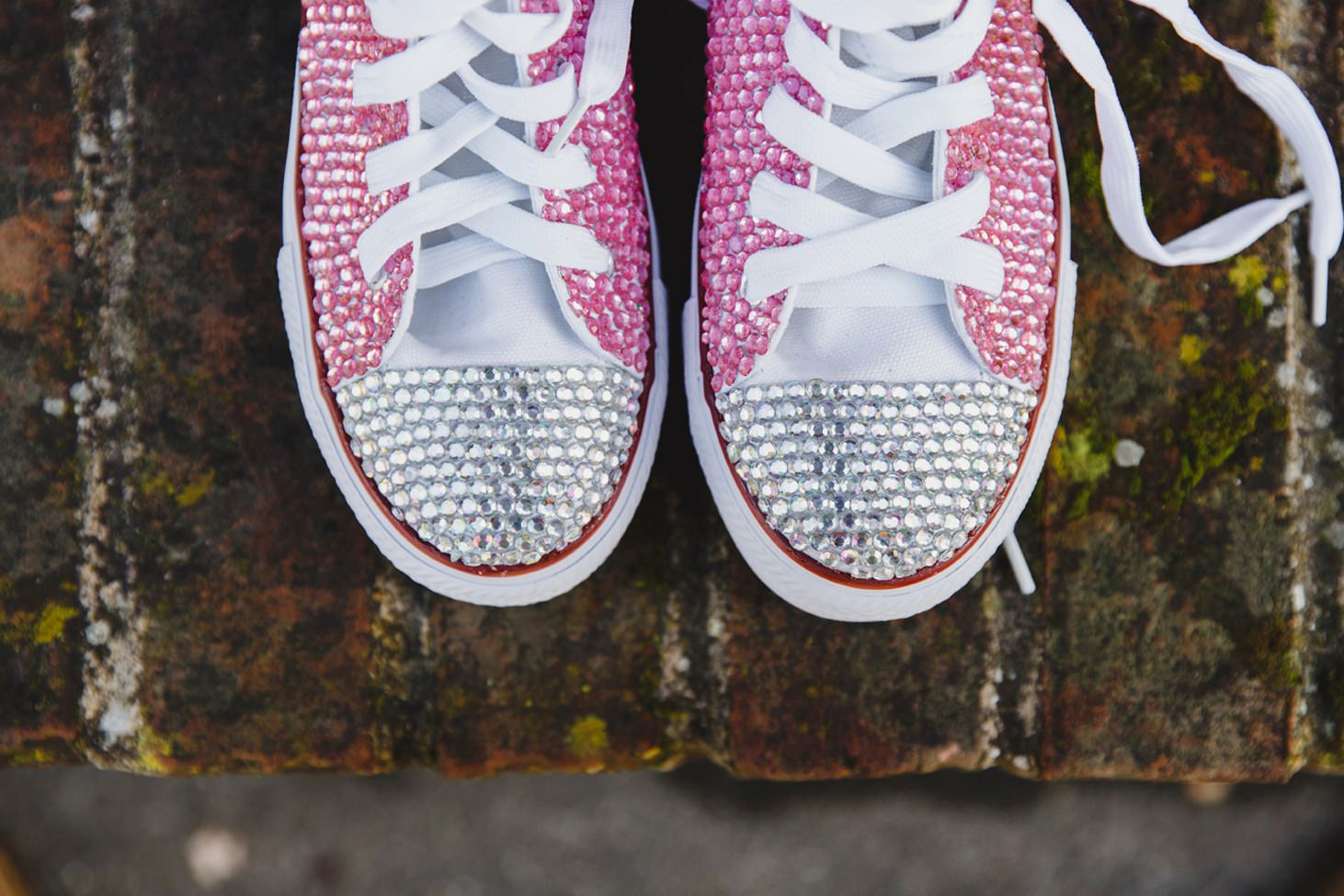 fun natural wedding photography sequin wedding converse