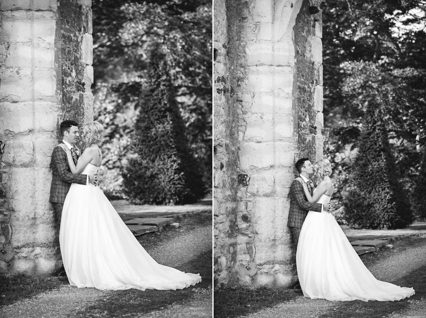 Cooling Castle barn wedding photography sarah ann wright 081
