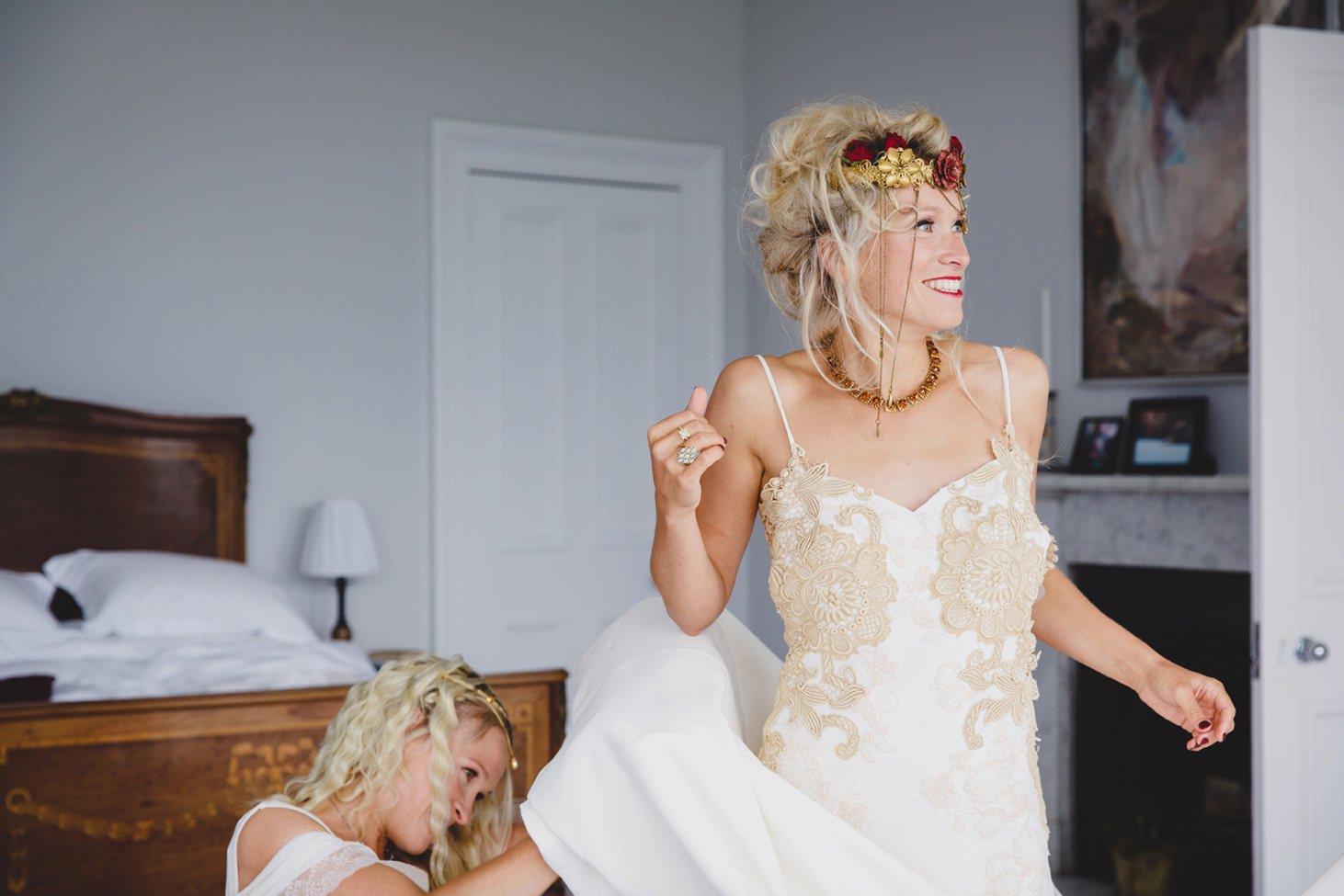 mount stuart wedding photography bride dressing