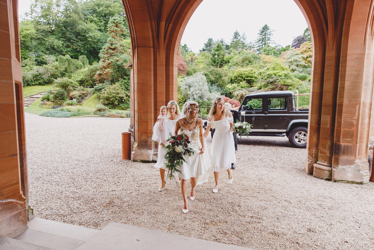 mount stuart wedding photography bride arrives