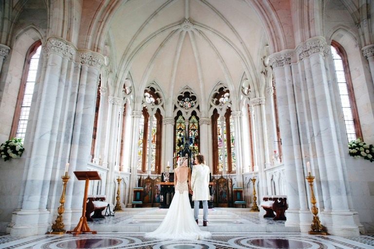 mount stuart wedding photography back of bride and from