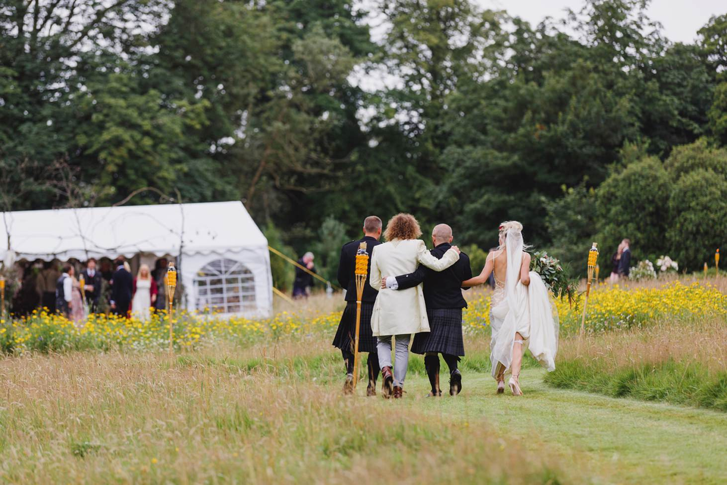 mount stuart wedding photography outdoor wedding reception