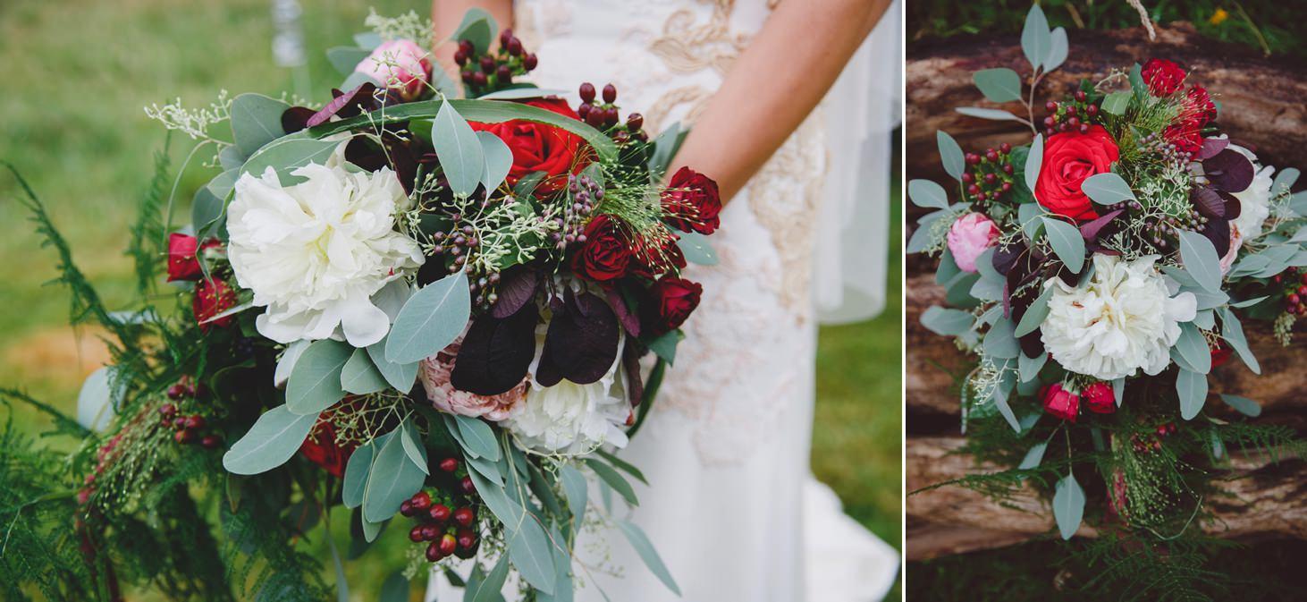 mount stuart wedding photography brides bouquet