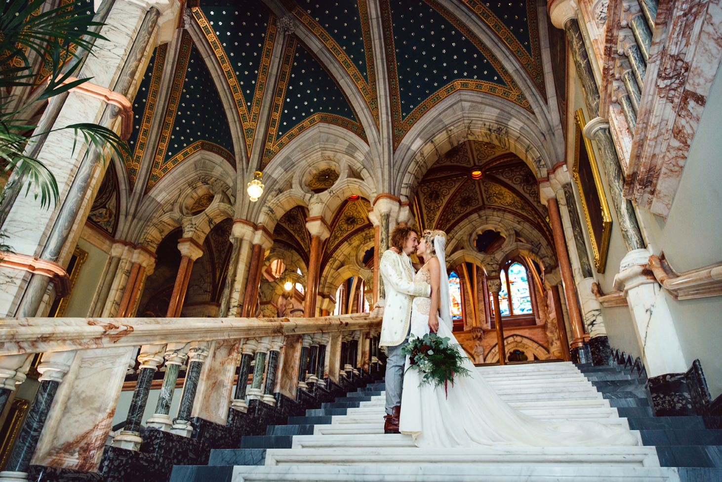 mount stuart wedding photography bride and groom on marble stairwell
