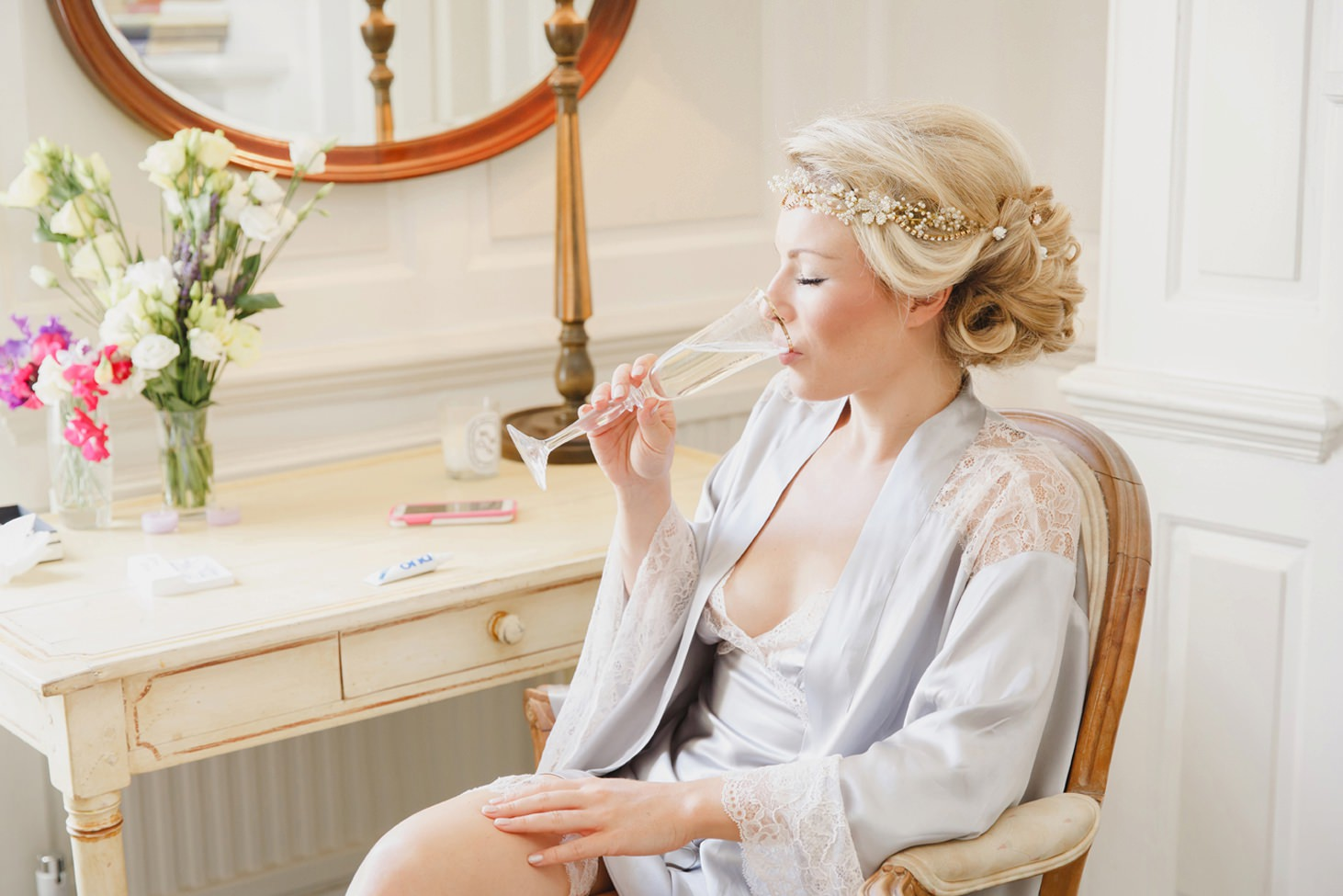 The Rectory Hotel Crudwell bride and champagne