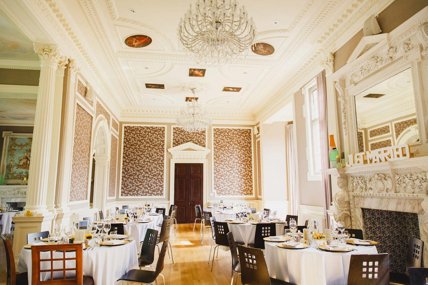 Wycombe Abbey wedding photography picture of dining hall for wedding breakfast