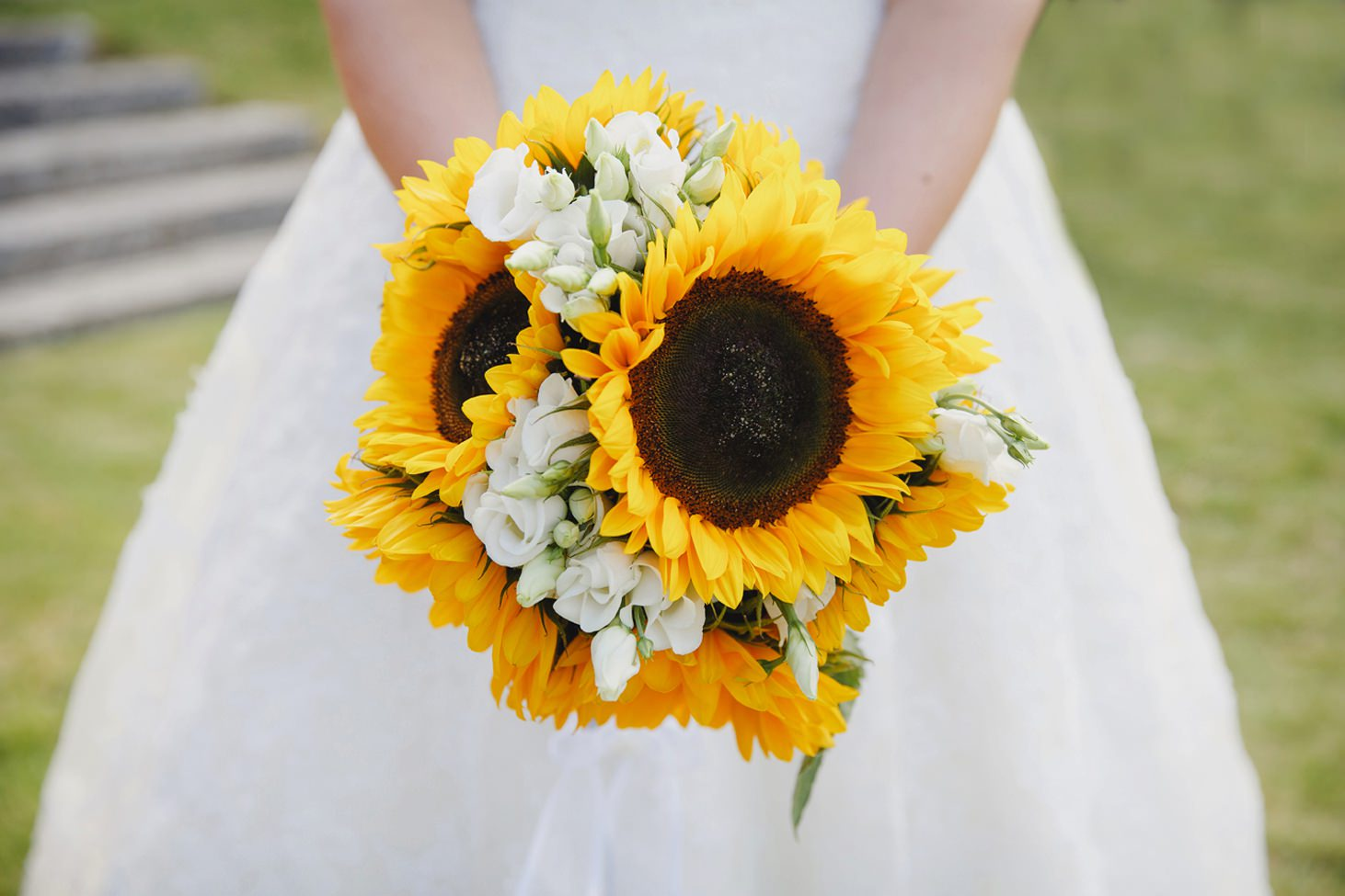 Wycombe Abbey wedding photography bride's sunflower bouquet
