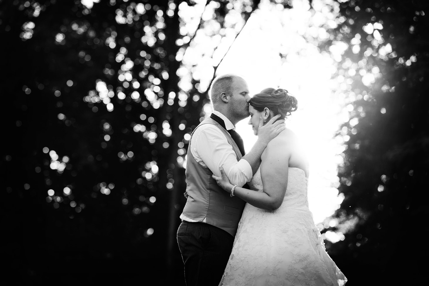 Wycombe Abbey wedding photography golden hour bride and groom