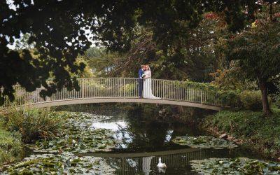 Caswell House wedding photography – Rebecca & Adrian's elegant Oxfordshire countryside wedding