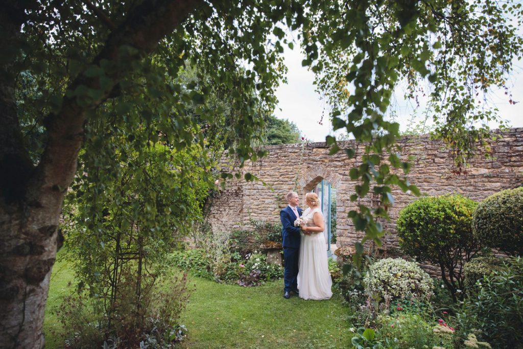 Oxfordshire wedding photography – Lucie and Alex's fun & games wedding at Friars Court