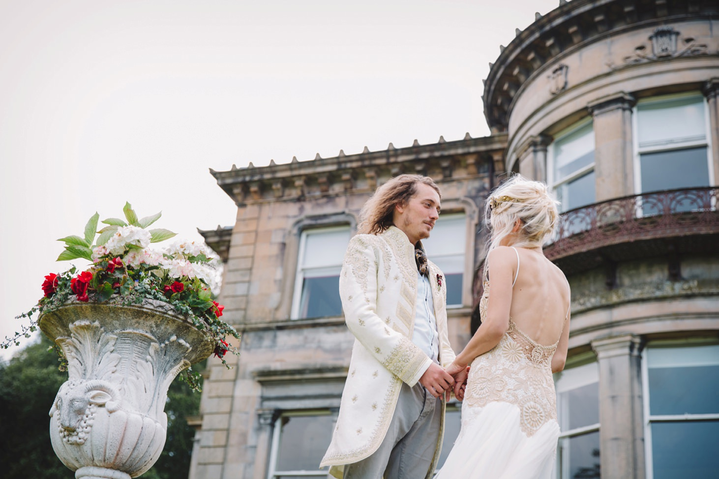 isle of bute wedding photography bride and groom at brides parents house