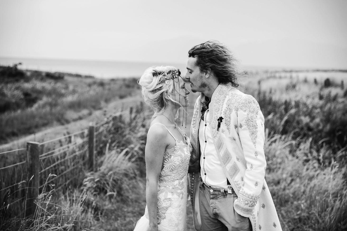 isle of bute wedding photography groom and bride kiss