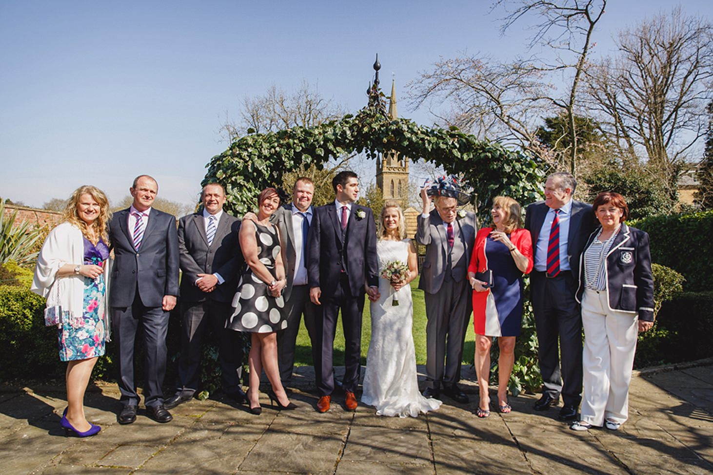cotswolds wedding fun group portrait