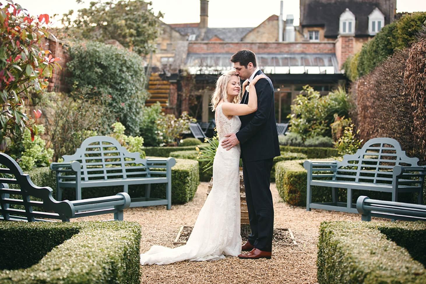 cotswolds wedding bride and groom in secret garden