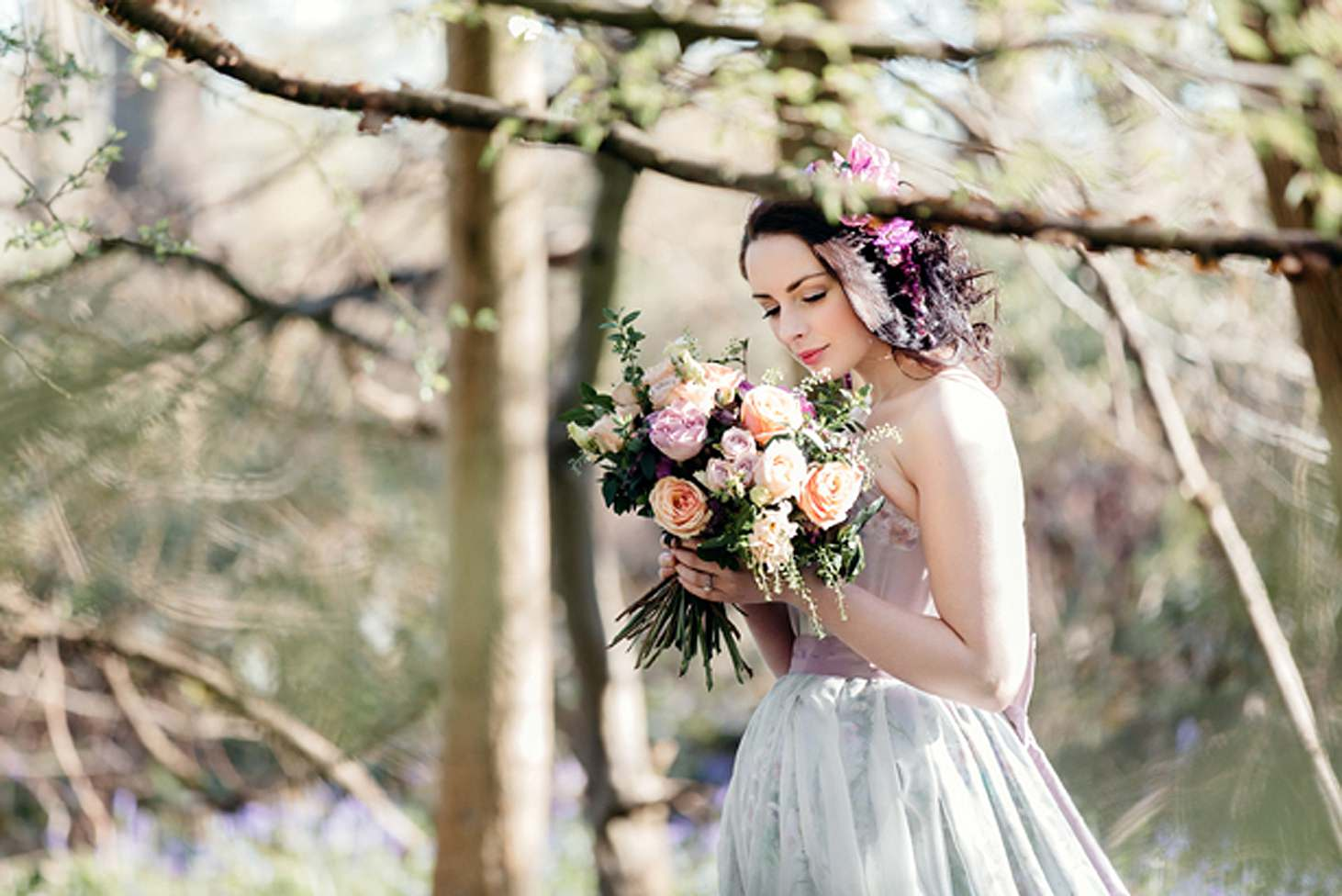 spring bride with wedding bouquet