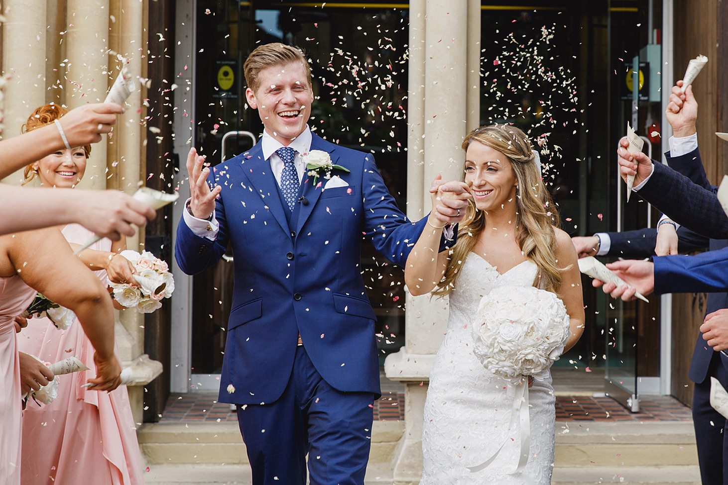 richmond hill wedding photography bride and groom confetti