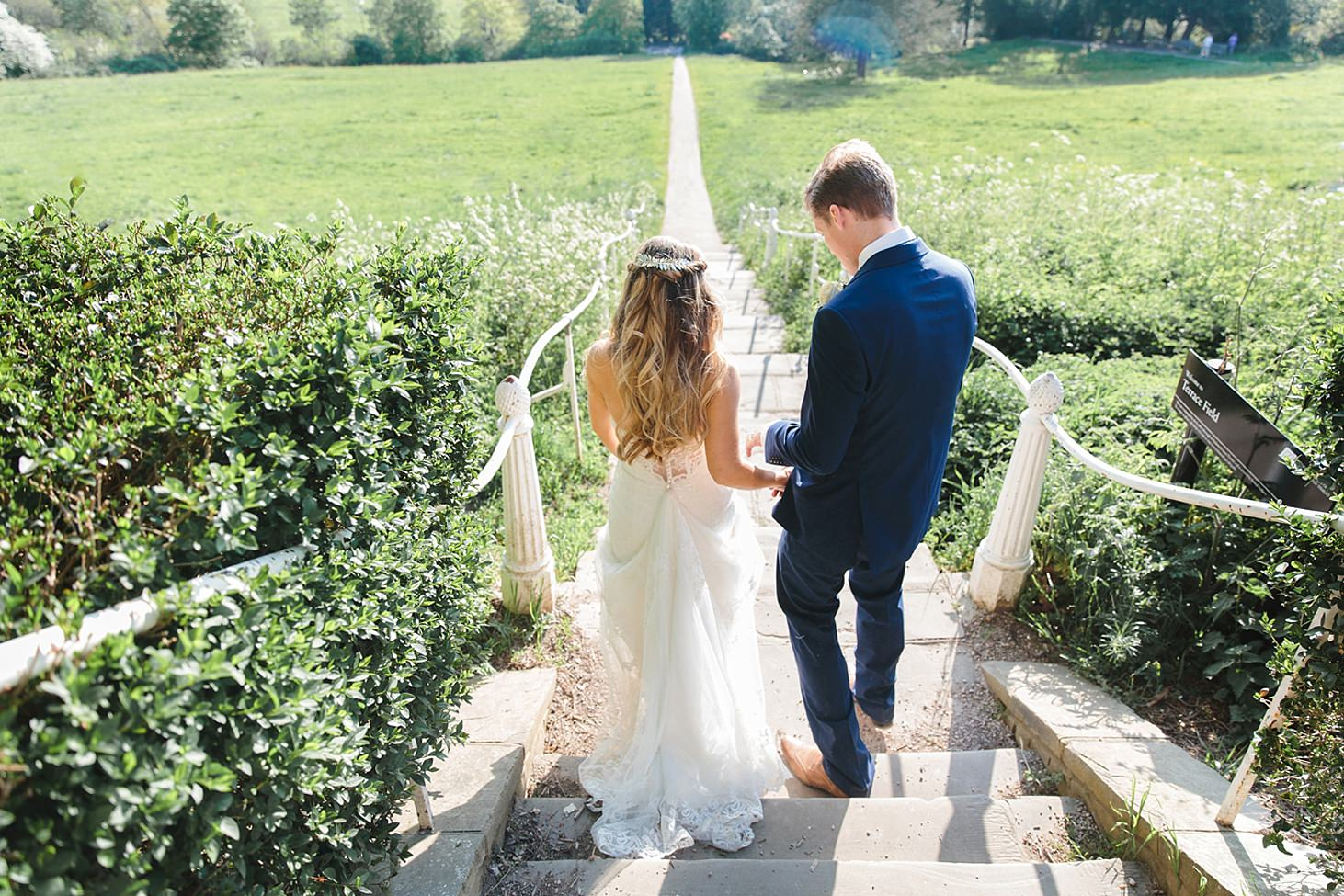 richmond hill wedding photography bride and groom on steps