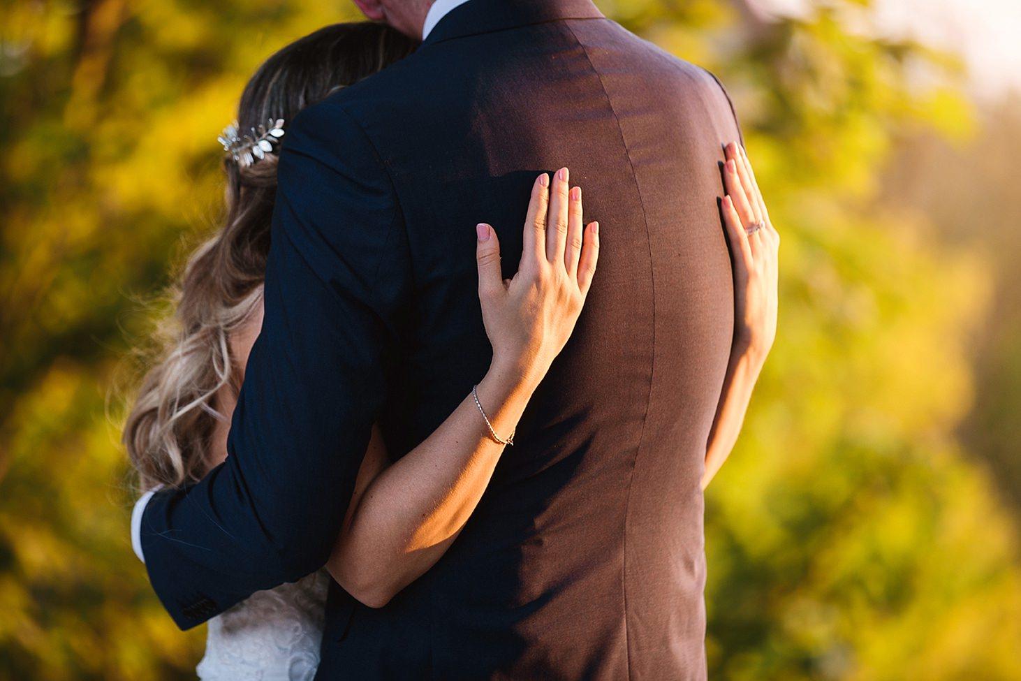 richmond hill wedding photography bride hand details