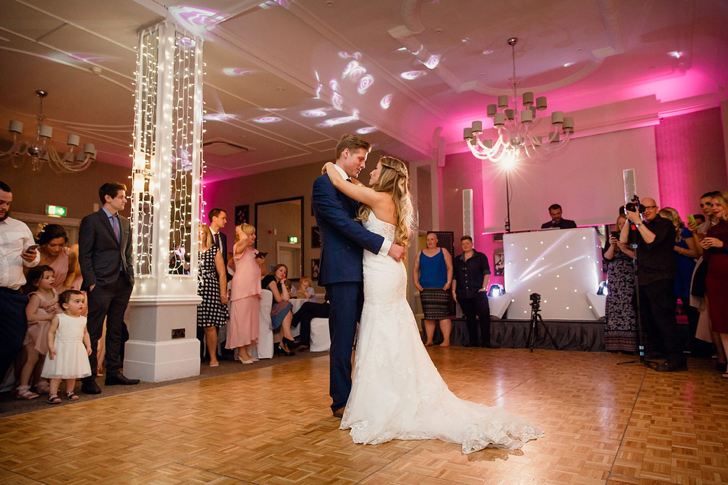 richmond hill wedding photography bride and groom first dance