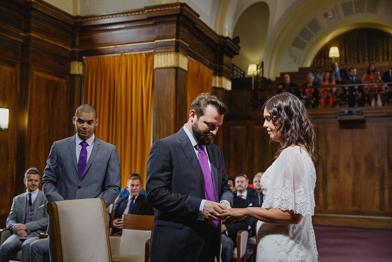 Londesborough pub wedding photography exchange of rings