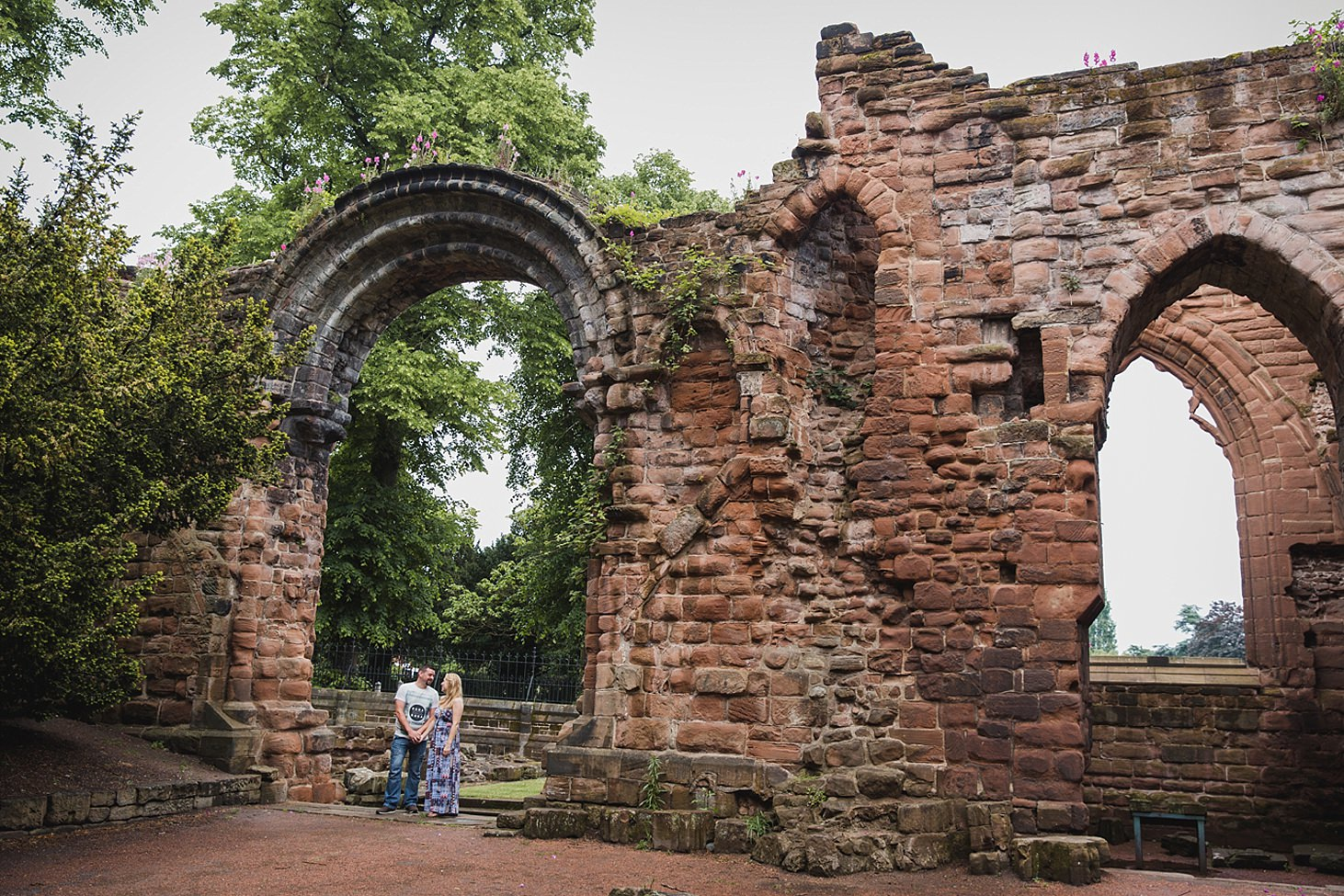 chester engagement shoot cathedral ruibs