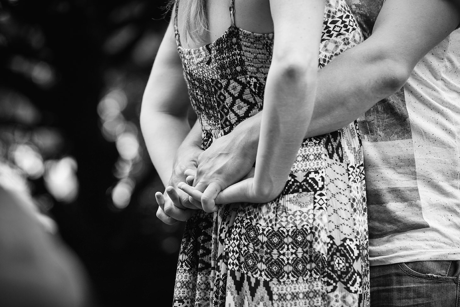chester engagement shoot couples hands
