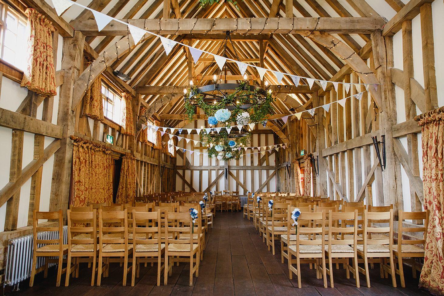 gate street barn wedding photography decorated barn