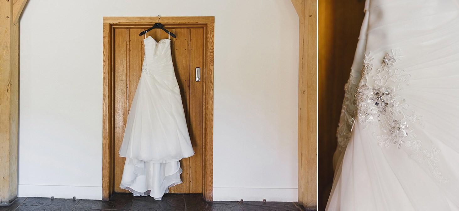 gate street barn wedding photography wedding dress