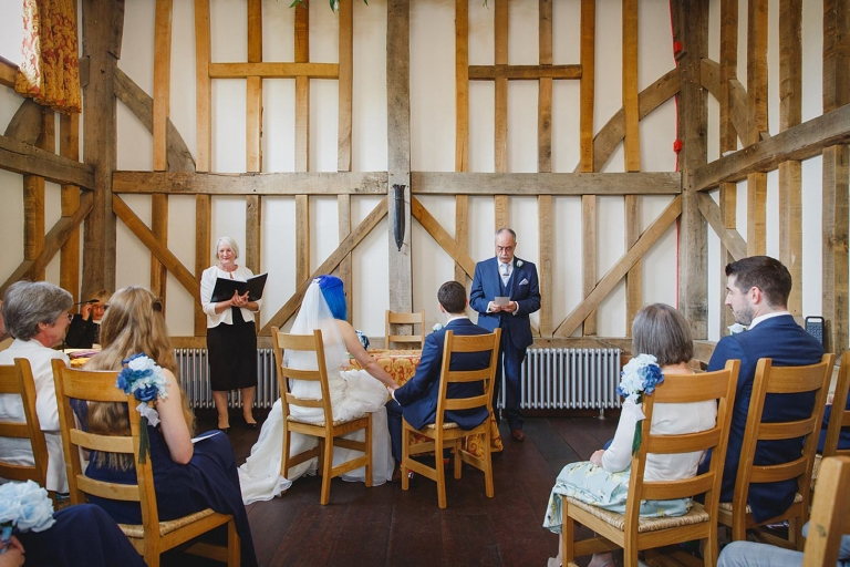 gate street barn wedding photography father of the groom reading