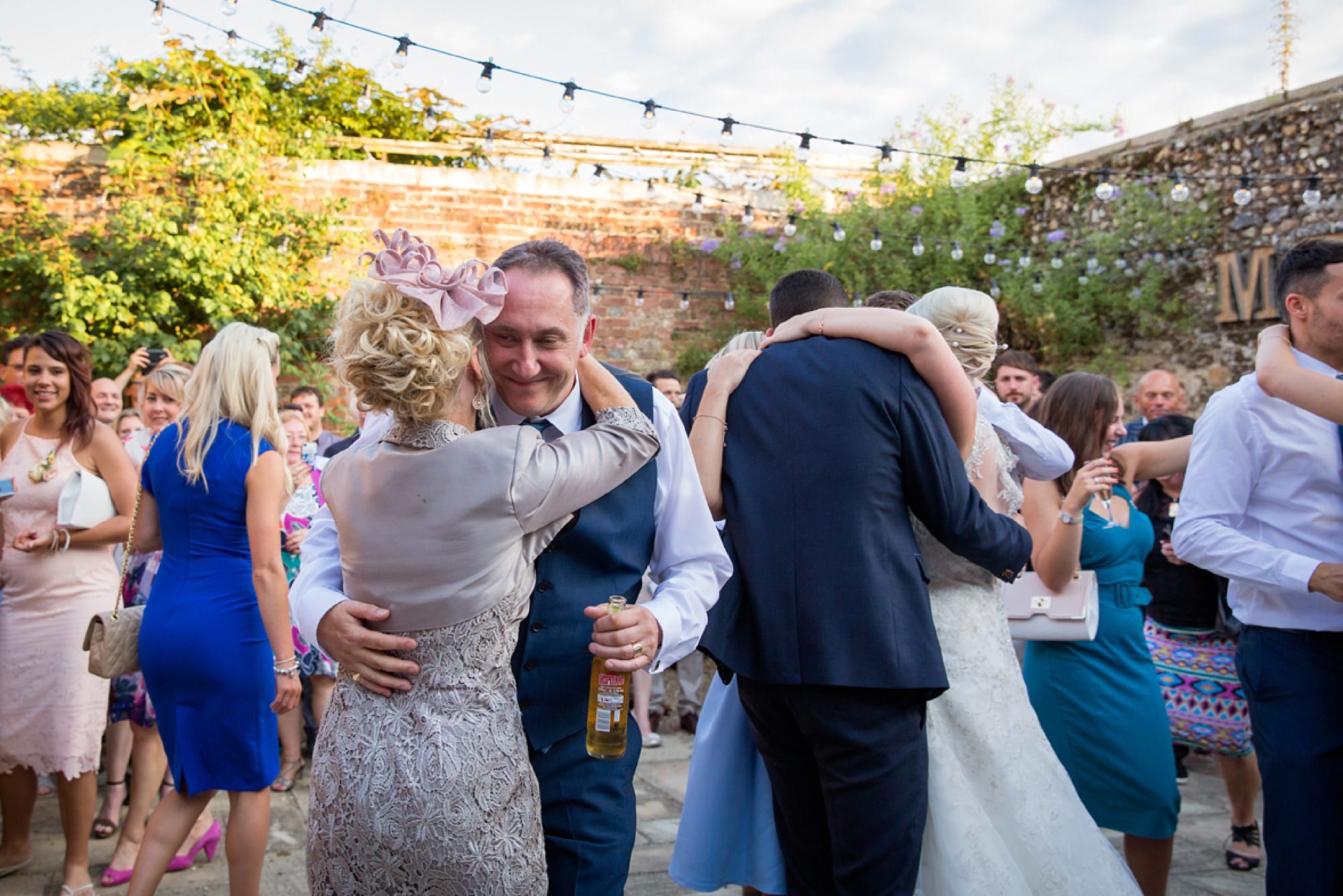Bignor Park wedding photography family dance
