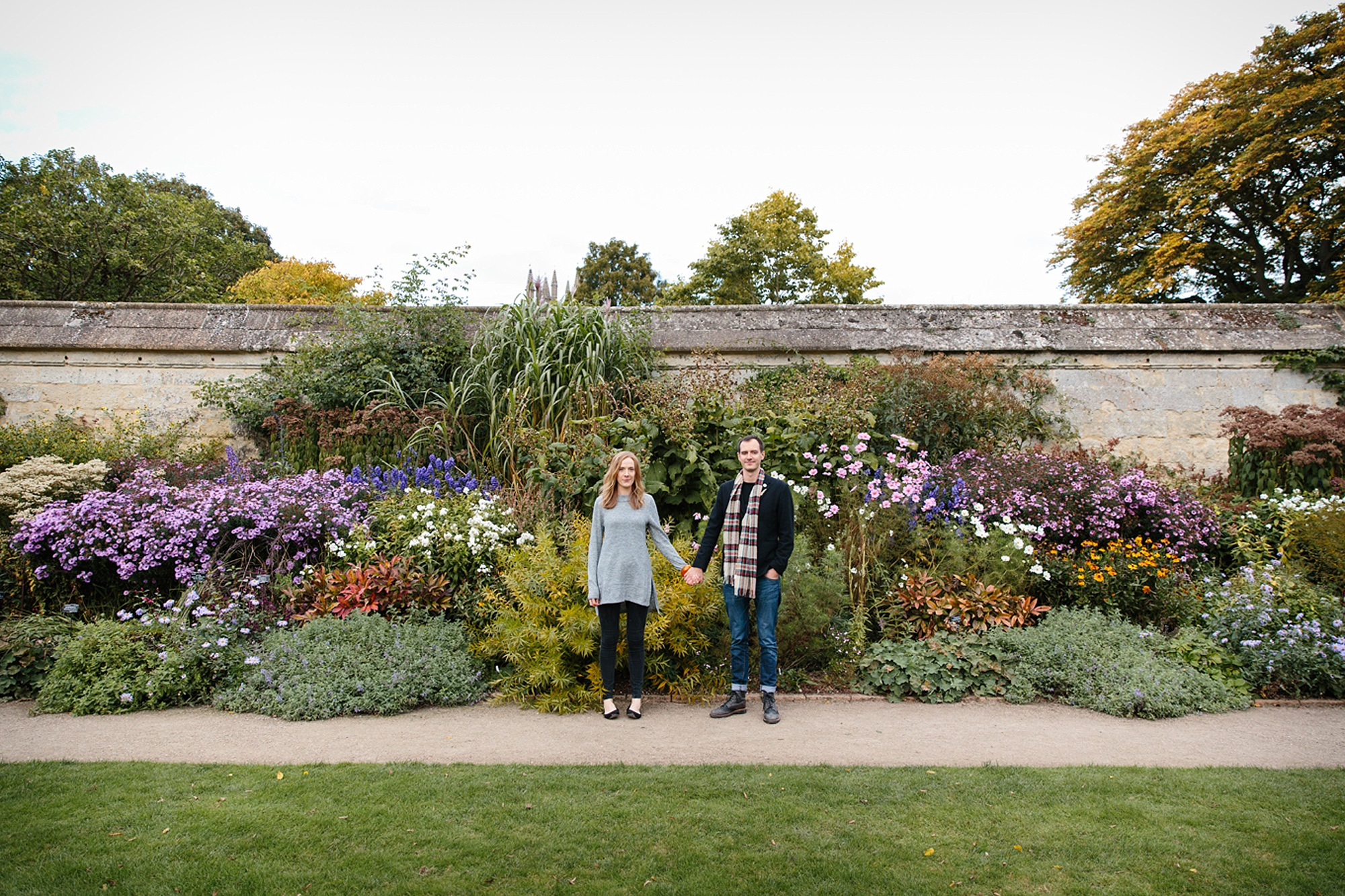 Oxford engagement photography couple in gardens