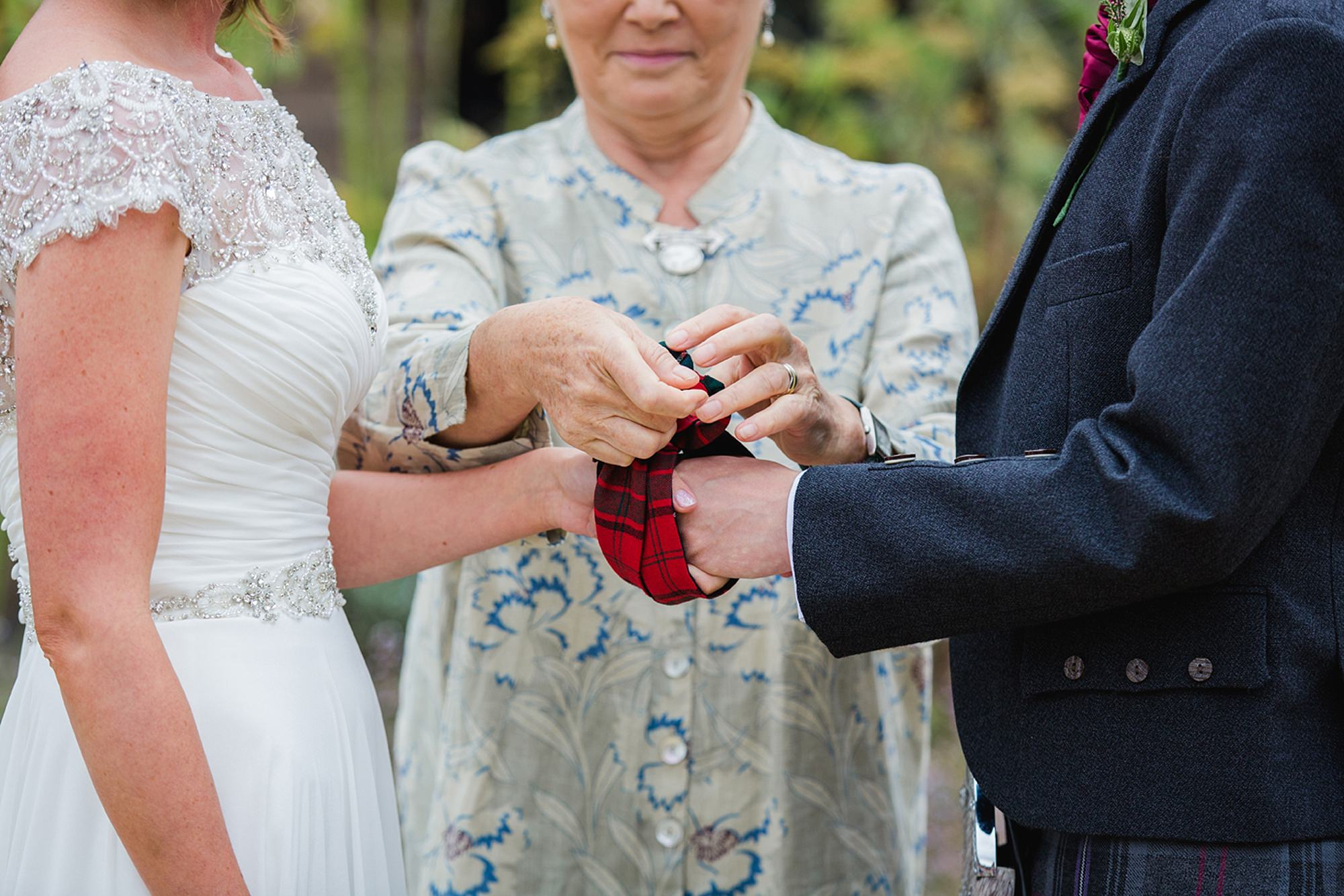 outdoor humanist wedding photography hand fasting
