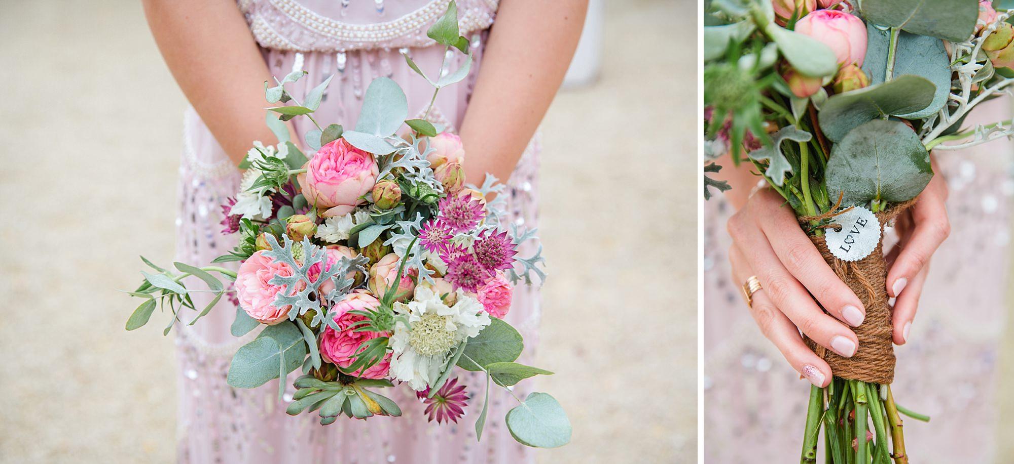 outdoor humanist wedding photography bridesmaids bouquet