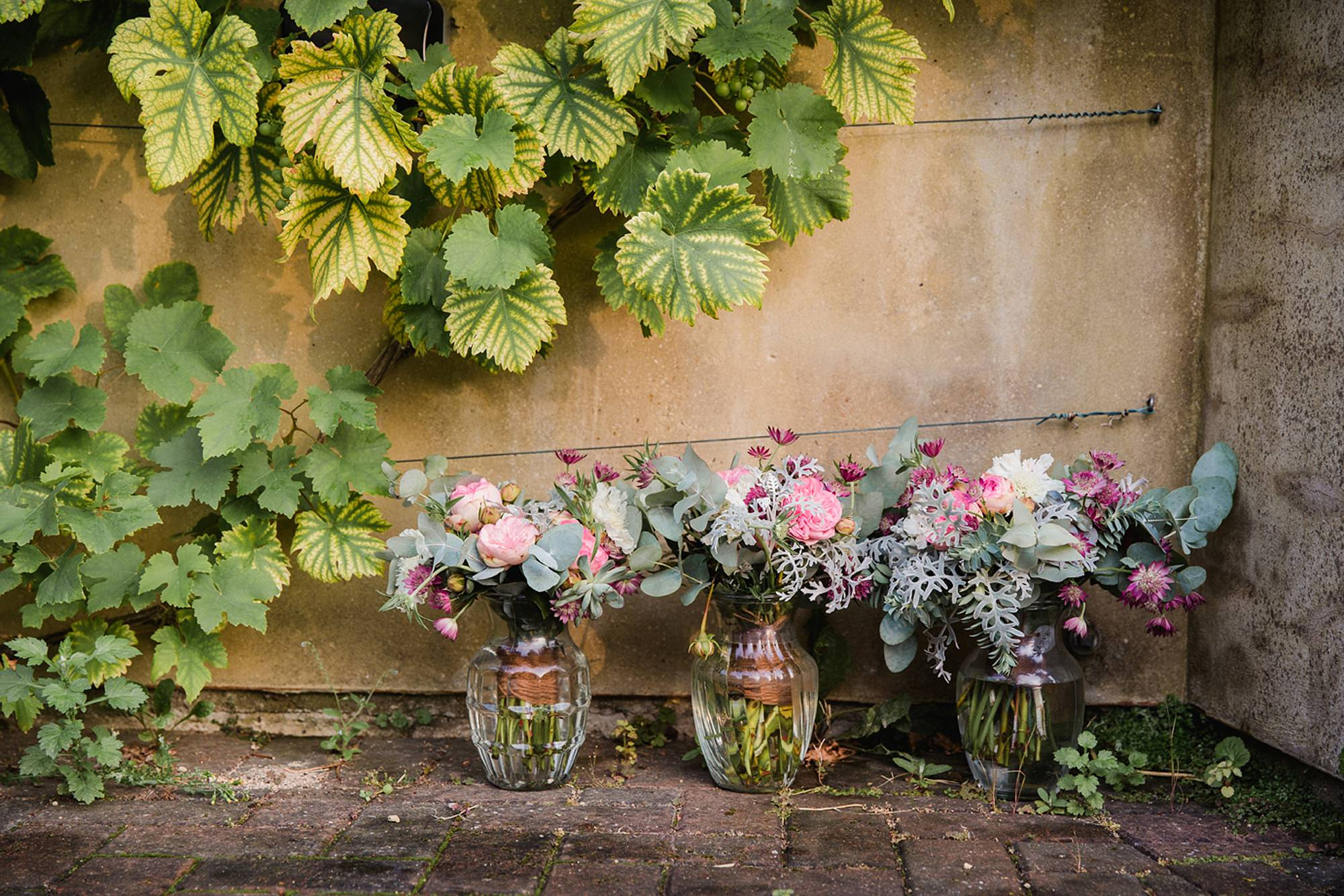 outdoor humanist wedding photography wedding bouquet
