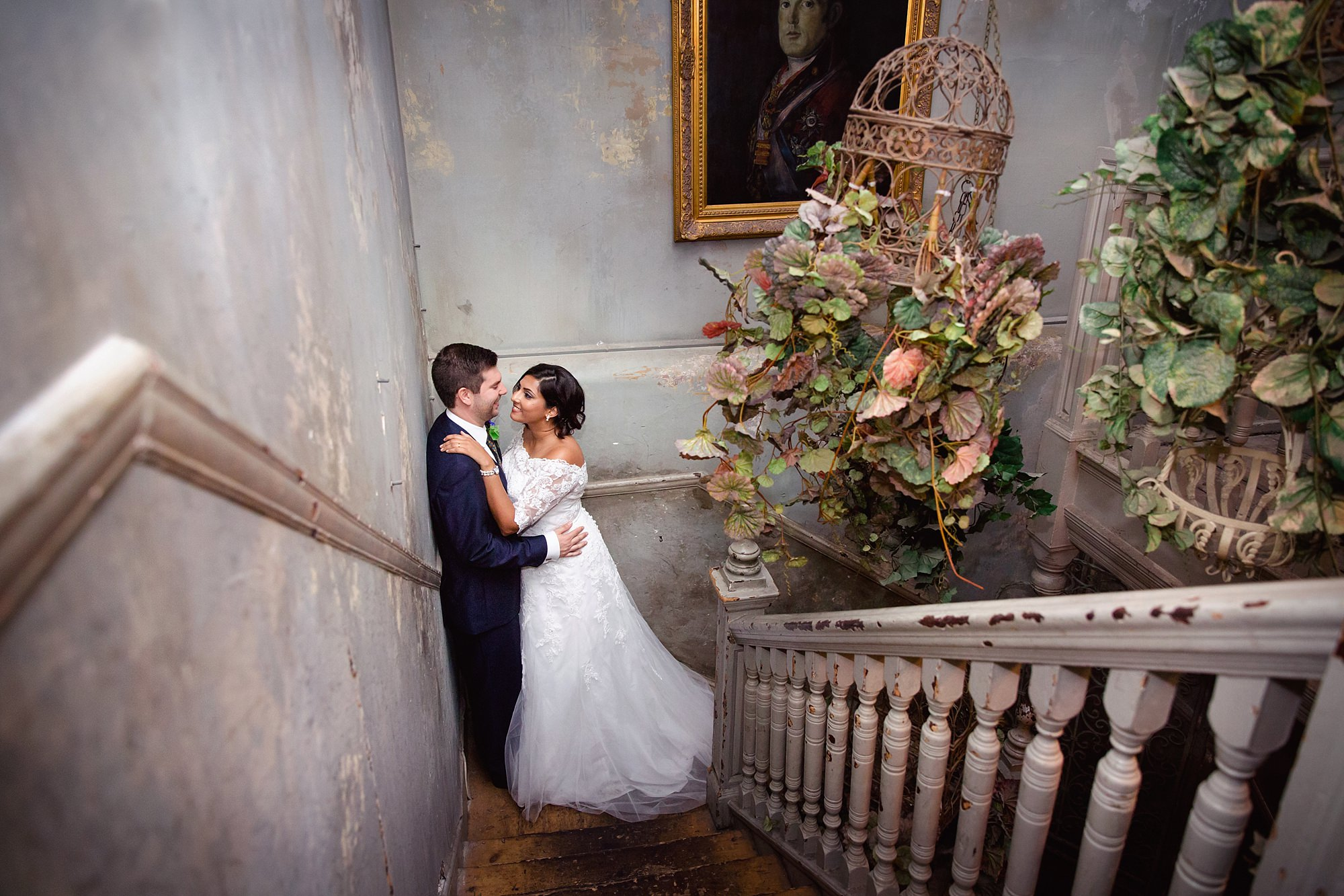 Paradise by way of Kensal Green wedding bride and groom in stairwell