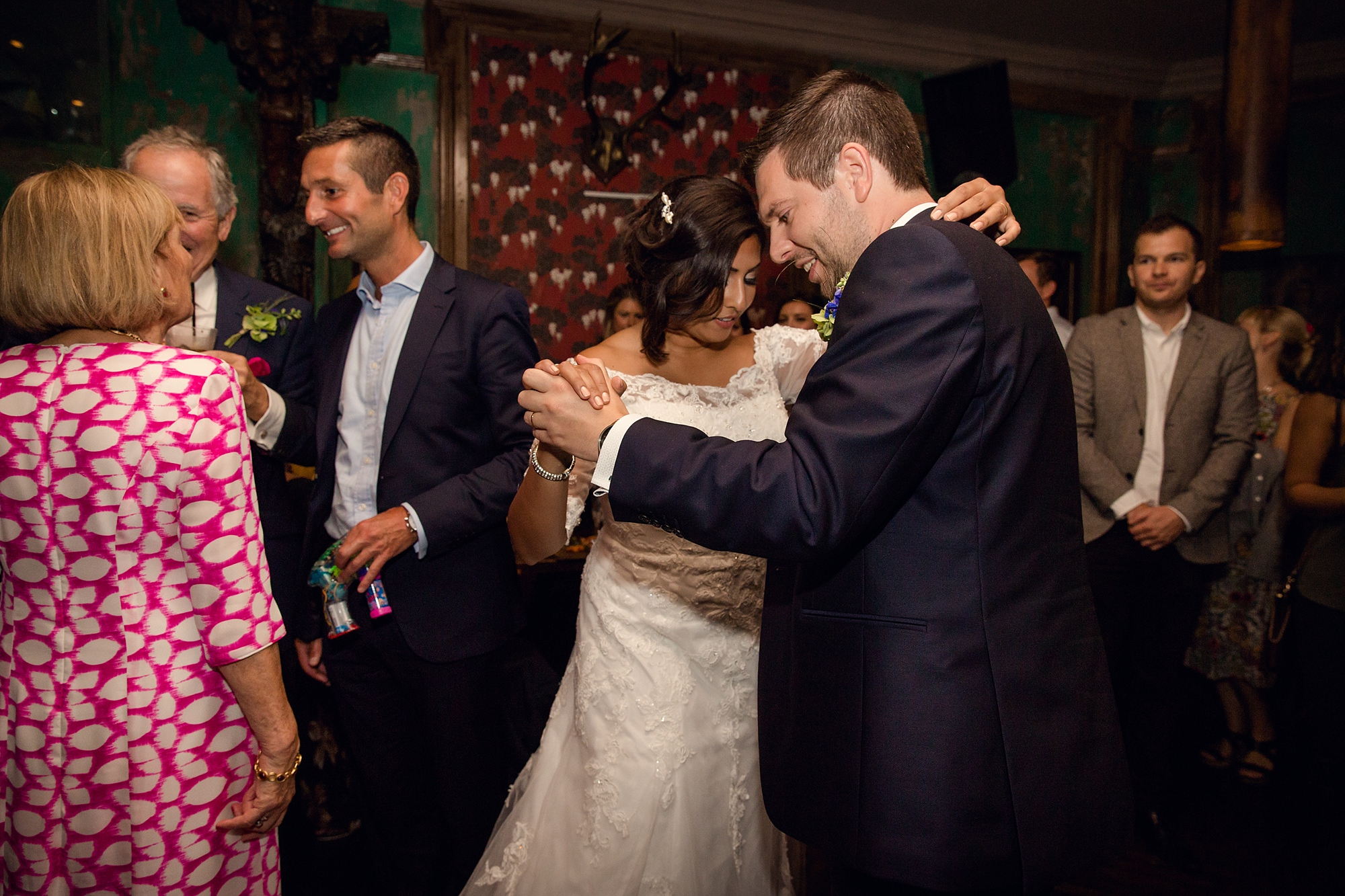 Paradise by way of Kensal Green wedding bride and groom dance