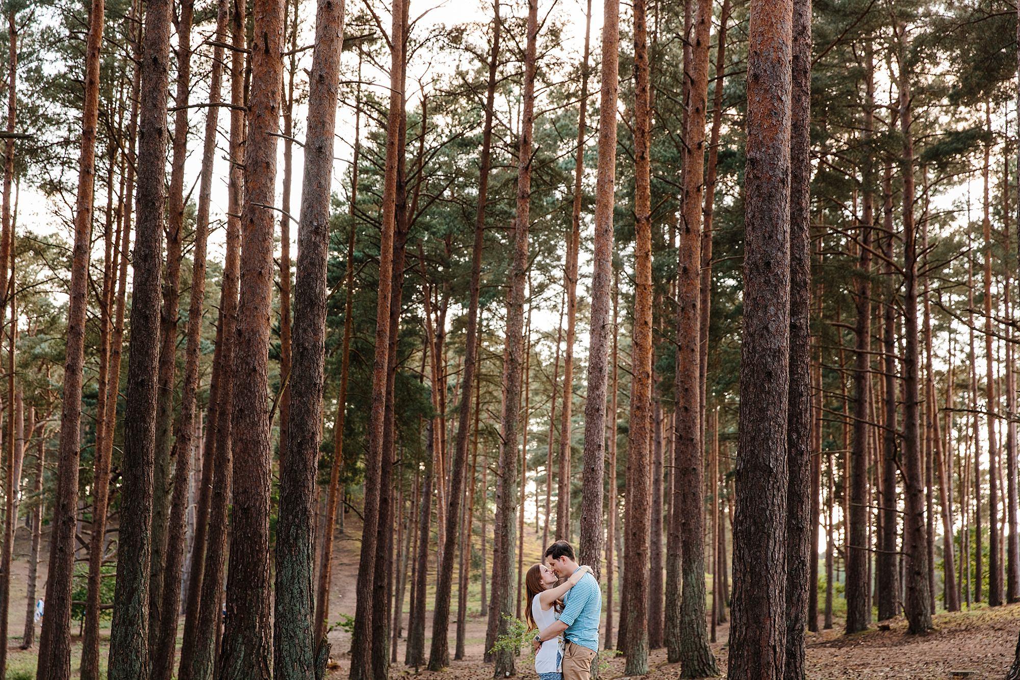 Farnham engagement photography in frensham forest