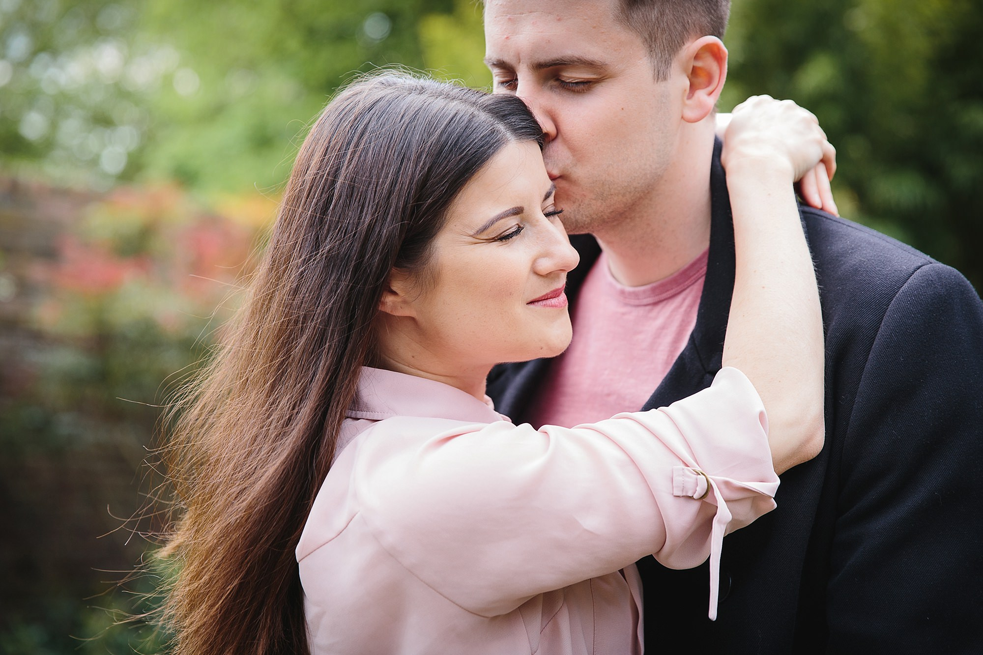 Streatham engagement shoot - bride and groom hug