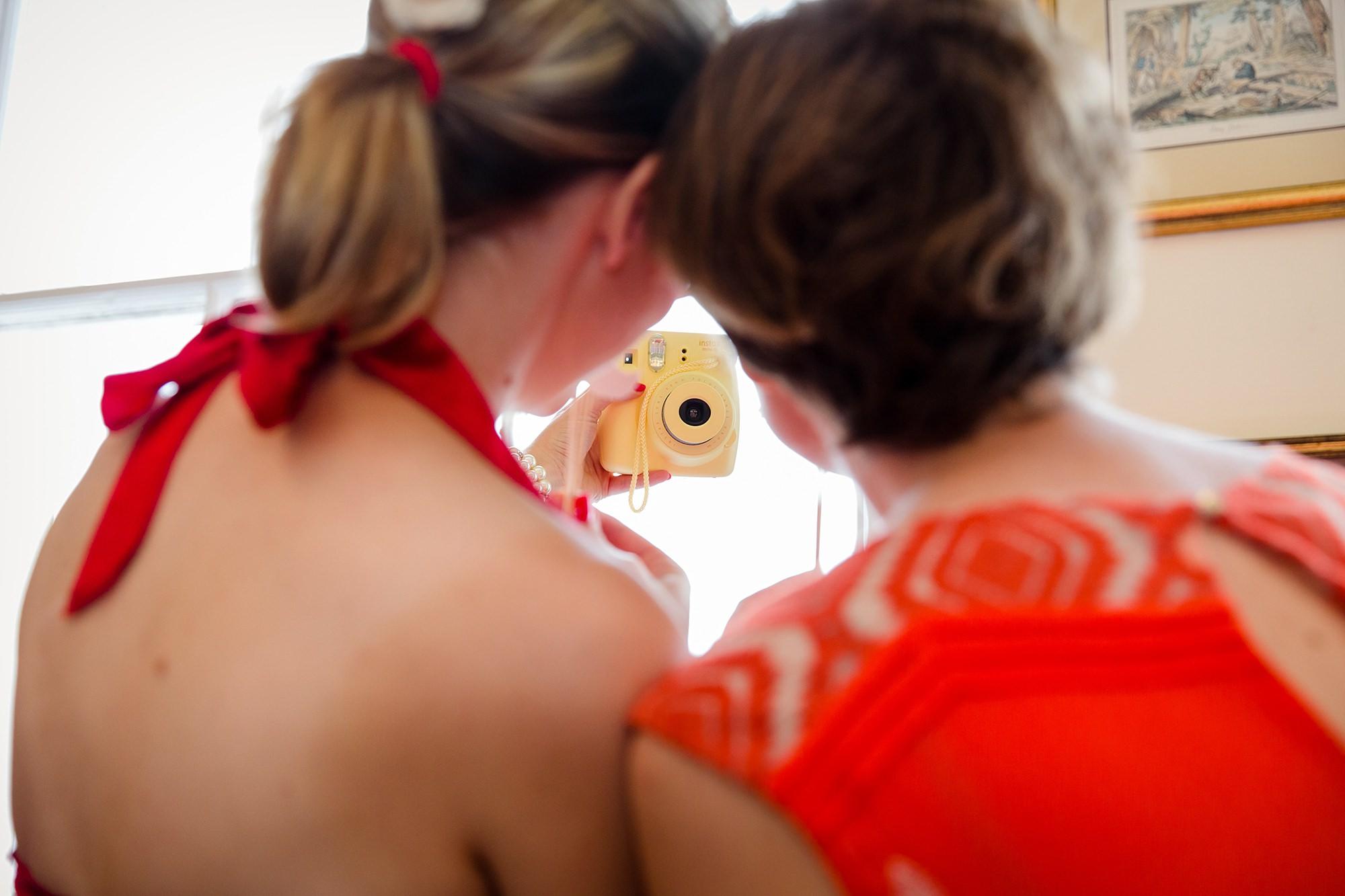 Trafalgar Tavern wedding guests with camera