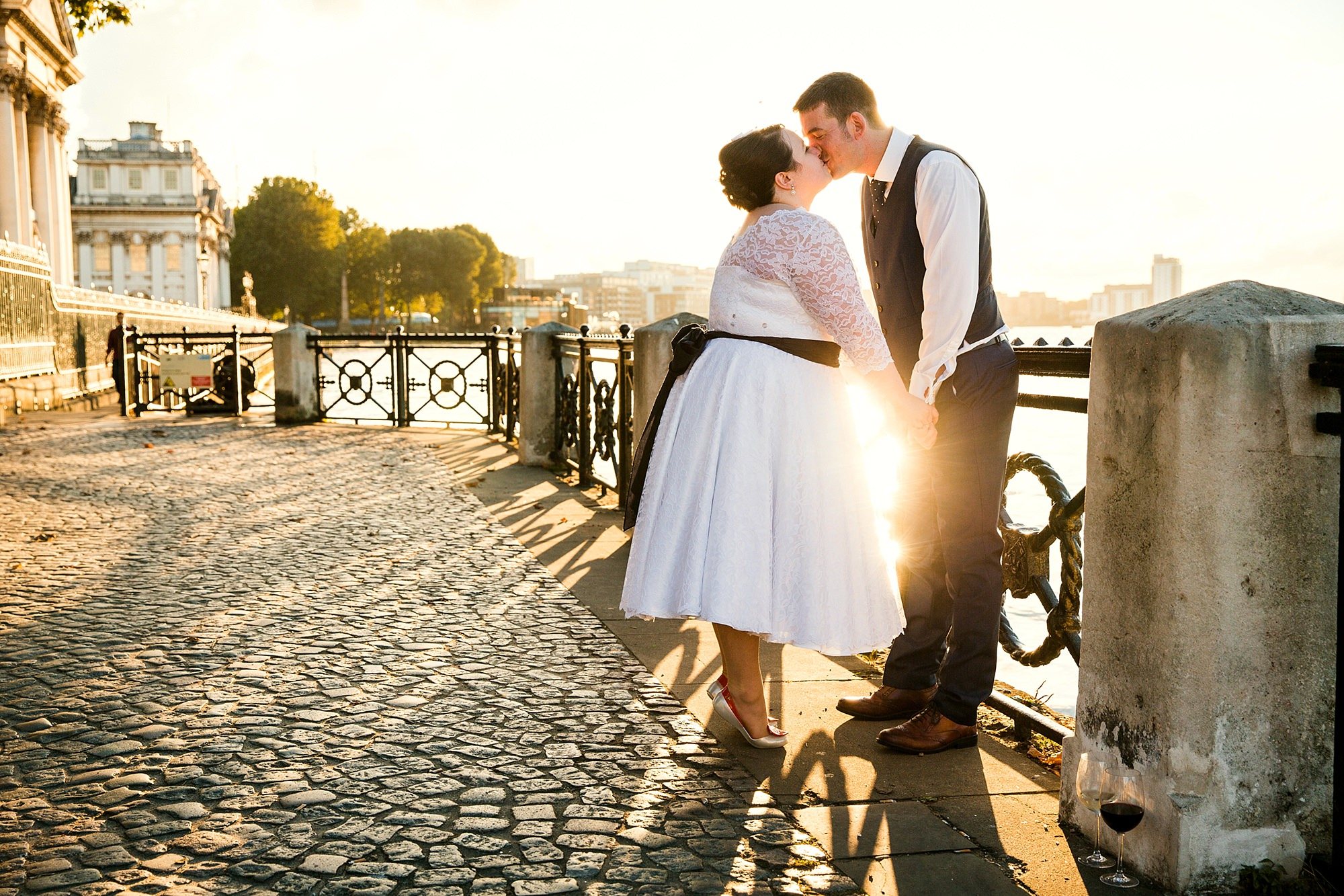 Trafalgar Tavern wedding bride and groom during golden hour on the Thames