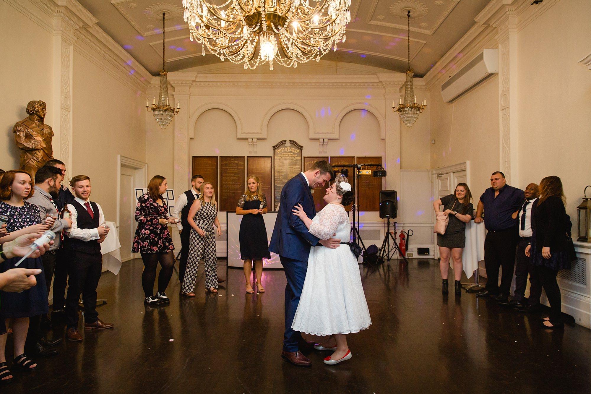 Trafalgar Tavern wedding bride and groom's first dance